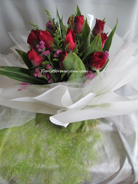 0-EERQ2705-Red Roses